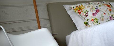 Rustige comfortabele gastenkamer tuinkant in Brussel met lift